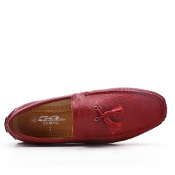 Mocassin rouge en simili cuir à pompon