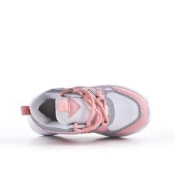 Zapatilla de deporte rosa para niños con encaje