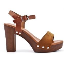 Sandale camel en simili daim à talon haut