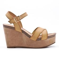 Sandale compensée beige en simili cuir