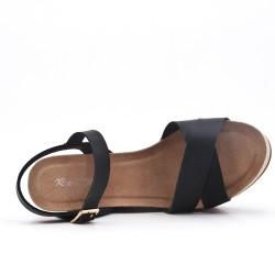 Sandalia cuña piel sintética negra