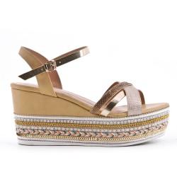 Sandale compensée beige à semelle ornée de perles