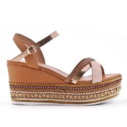 Sandale compensée camel à semelle ornée de perles