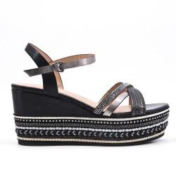 Sandale compensée noire à semelle ornée de perles