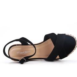 Sandalia de cuña de gamuza sintética negra