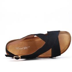 Black comfort sandal with wedge heel