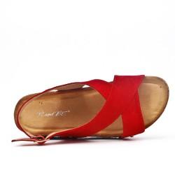 Sandalia confort rojo con tacón de cuña