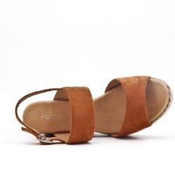 Sandale compensée camel à semelle tressée