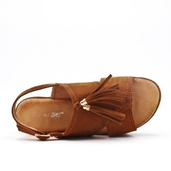 Camel fringed sandal with thick sole