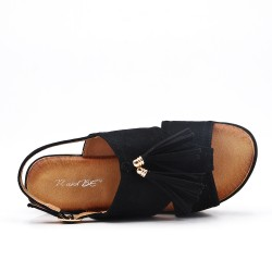 Black fringed sandal with thick sole