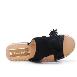 Black flap in faux suede with fringe