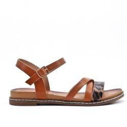 Sandalia de piel sintética camel