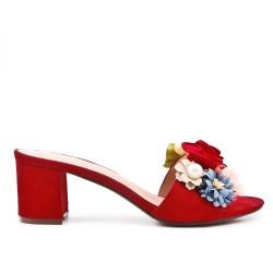 Aleta de confort rojo con flor