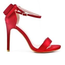 Sandale rouge à talon avec nœud au dos