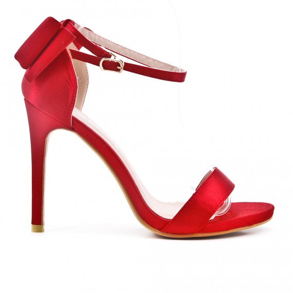 Sandalia rojo con lazo en la espalda