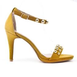 Sandale jaune en simili daim à bride bouclée