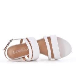 Sandale blanche en simili cuir à talon haut