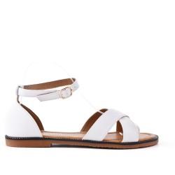 Sandale plate blanche en simili cuir