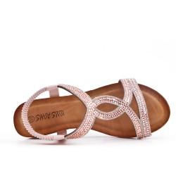 Sandale rose ornée de strass à petit compensé