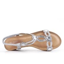 Sandale argent ornée de strass à petit compensé