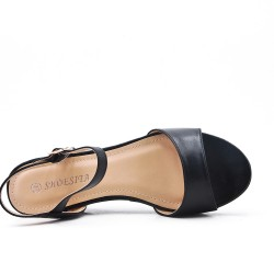 Sandale plate noire en simili cuir à petit compensé