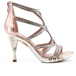 Golden sandal with heels adorned with rhinestones