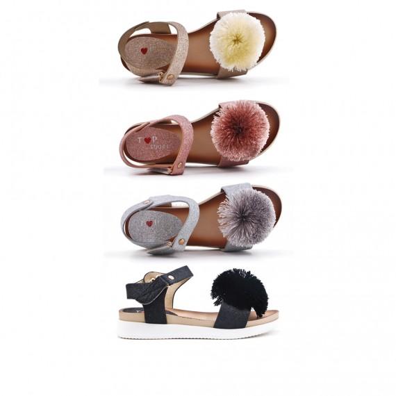 Girl sandal with pompom