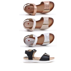 Girl sandal in faux leather