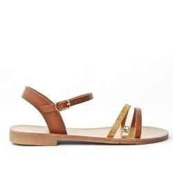 Sandale plate camel à trio-brides