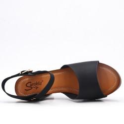 Sandale noire en simili cuir à gros talon