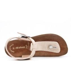 Tanga de sandalia beige con tiras abrochadas
