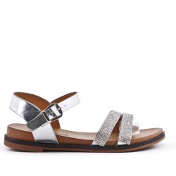 Silver flat sandal with rhinestones