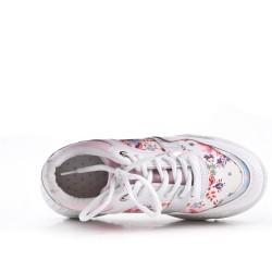 White lace-up basket