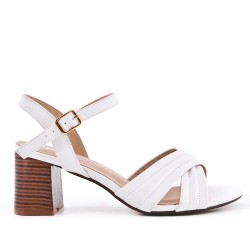 White sandal in faux suede with heel
