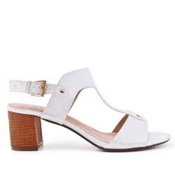 Sandalia de piel sintética blanco con tacón