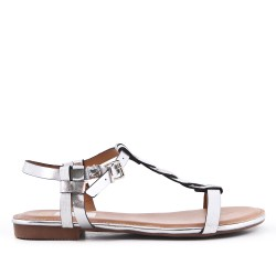 Silver flat sandal in faux leather