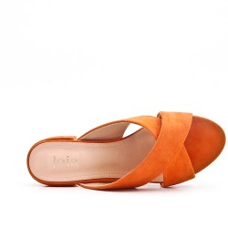 Claquette orange en simili daim