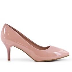 Tacones de charol rosa