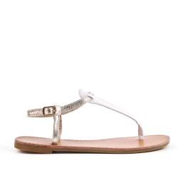 Sandalia de piel imitación oro