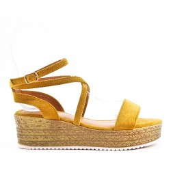 Yellow sandals with platform sole