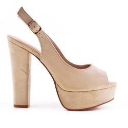 Sandalia beige en gamuza sintética con tacones altos