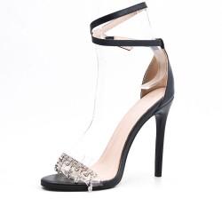 Sandalia negra con joyas de tacón