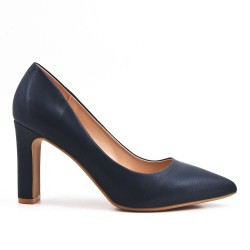 Navy leatherette pump with heels