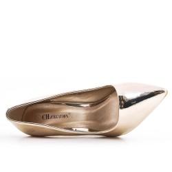 Golden patent leather heels