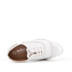 Child Derby in white patent laced