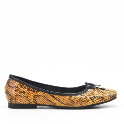 Yellow faux leather ballerina with snake print