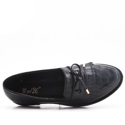 Black imitation leather moccasin with bangs