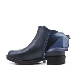 Blue girl boot with star pattern