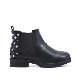 Black girl boot with strasse on the back