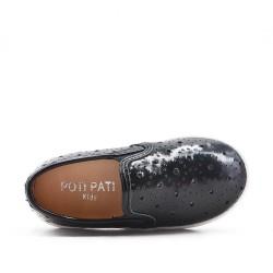 Zapatillas de tenis negras para niñas en piel sintética perforada